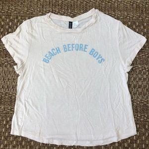 """""""Beach before boys"""" top 🤩🌊"""